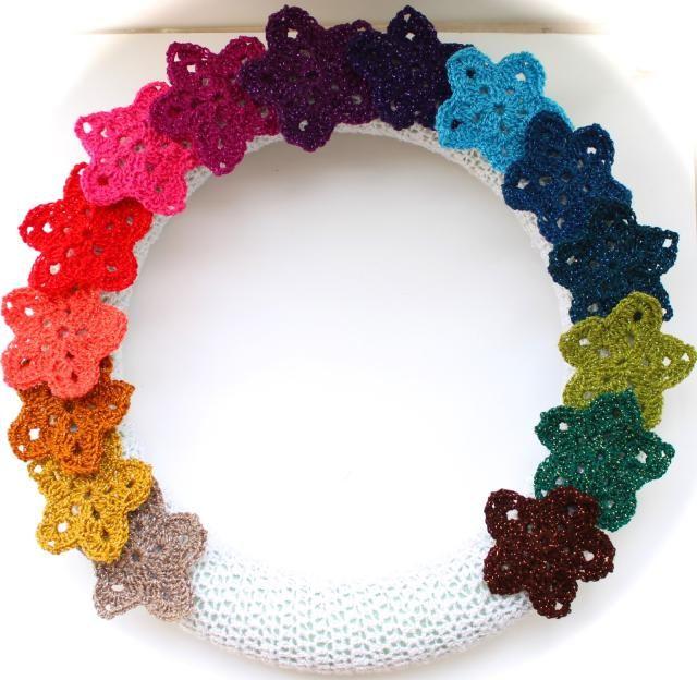 9 FREE Crochet Wreath Patterns | Corona de flores de ganchillo ...