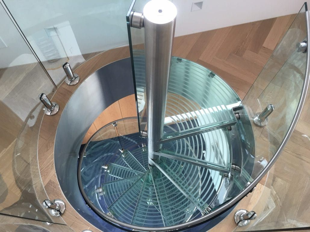 Best Glass Spiral Staircase Laminated Glass Staircase Railing Design Glass Railing 400 x 300