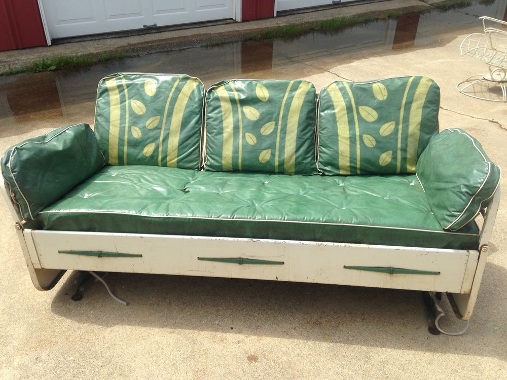 1940 S Vintage Metal Patio Glider Day Bed With Original Cushions