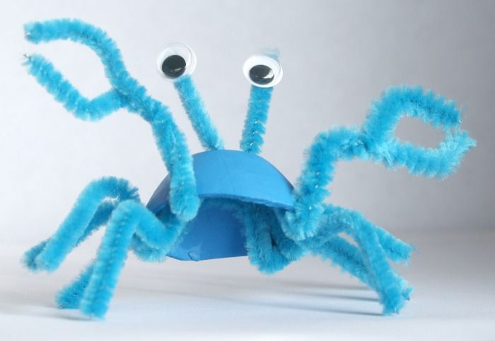 Egg carton sea life recycled craft eggs sea theme and crabs for Plastic egg carton crafts