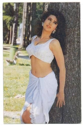 Karisma kapoor hot adult image #14