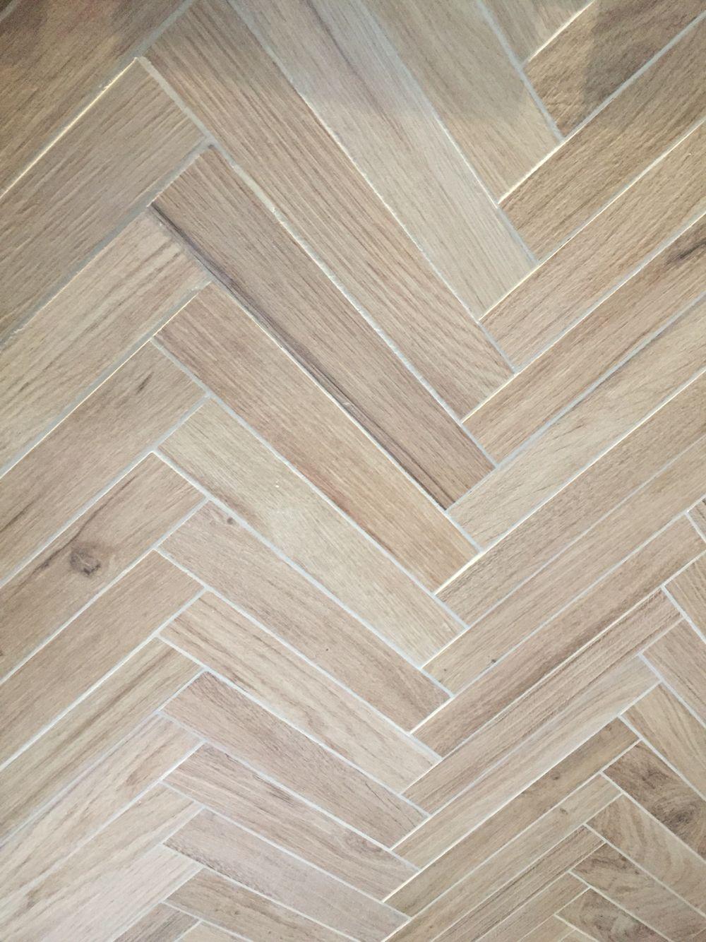 Atlas concorde etic pro houtlook tegels visgraat keramisch parket pinterest concorde - Betegeld wit parket effect ...