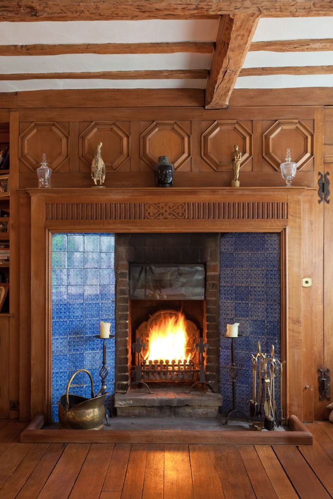 Fireplace in bailly scott house bungalow heaven for Bungalow fireplace ideas
