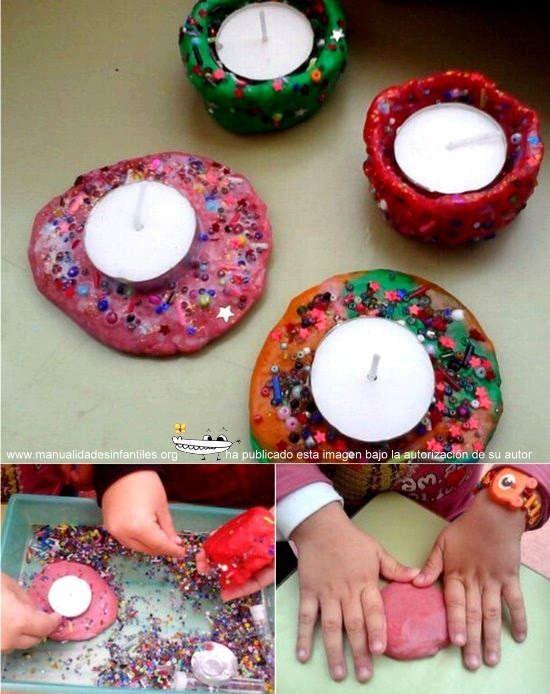 de navidad con plastilina portavelas