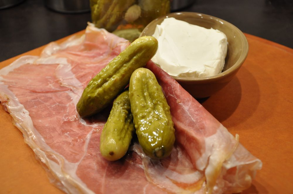 Cream Cheese Pickle Wraps With Prosciutto Easy Thanksgiving