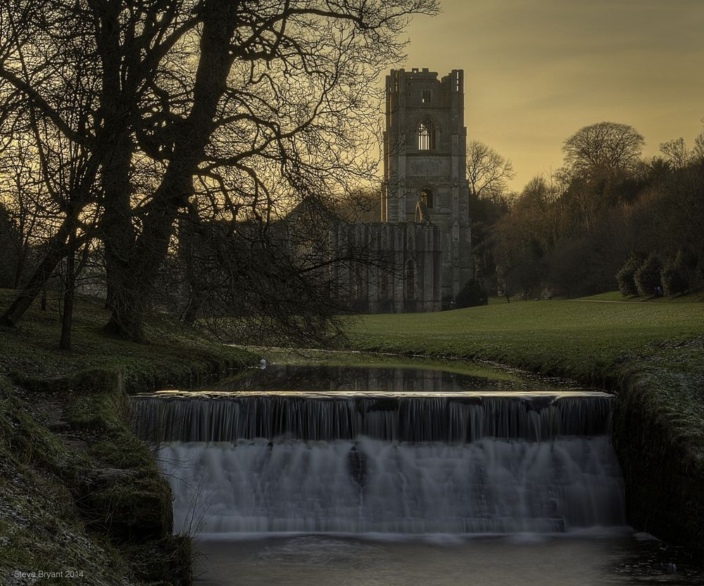Fountains Abbey at Dusk Photo by Stephen Bryant — National Geographic Your Shot
