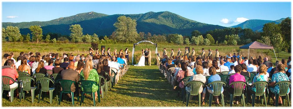 Another Beautiful Wedding At Khimaira Farm With The Gorgeous Blue Ridge Mountain Backdrop Outdoor Barn Venue Shenandoah Valley
