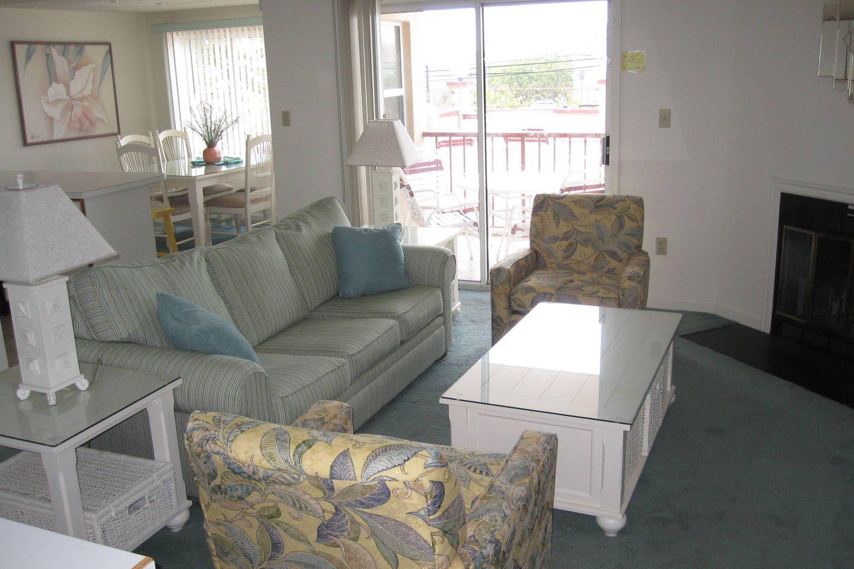 Ocean City Md Beach Block Condo Vacation Rental In Ocean City Maryland View More Oceancitymarylandvaca Condo Home Decor Ocean City