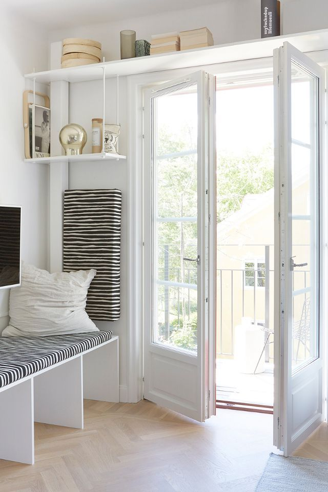 Small Living Room Storage Ideas: 7 Living Room Storage Ideas For A Clutter-Free Space (of