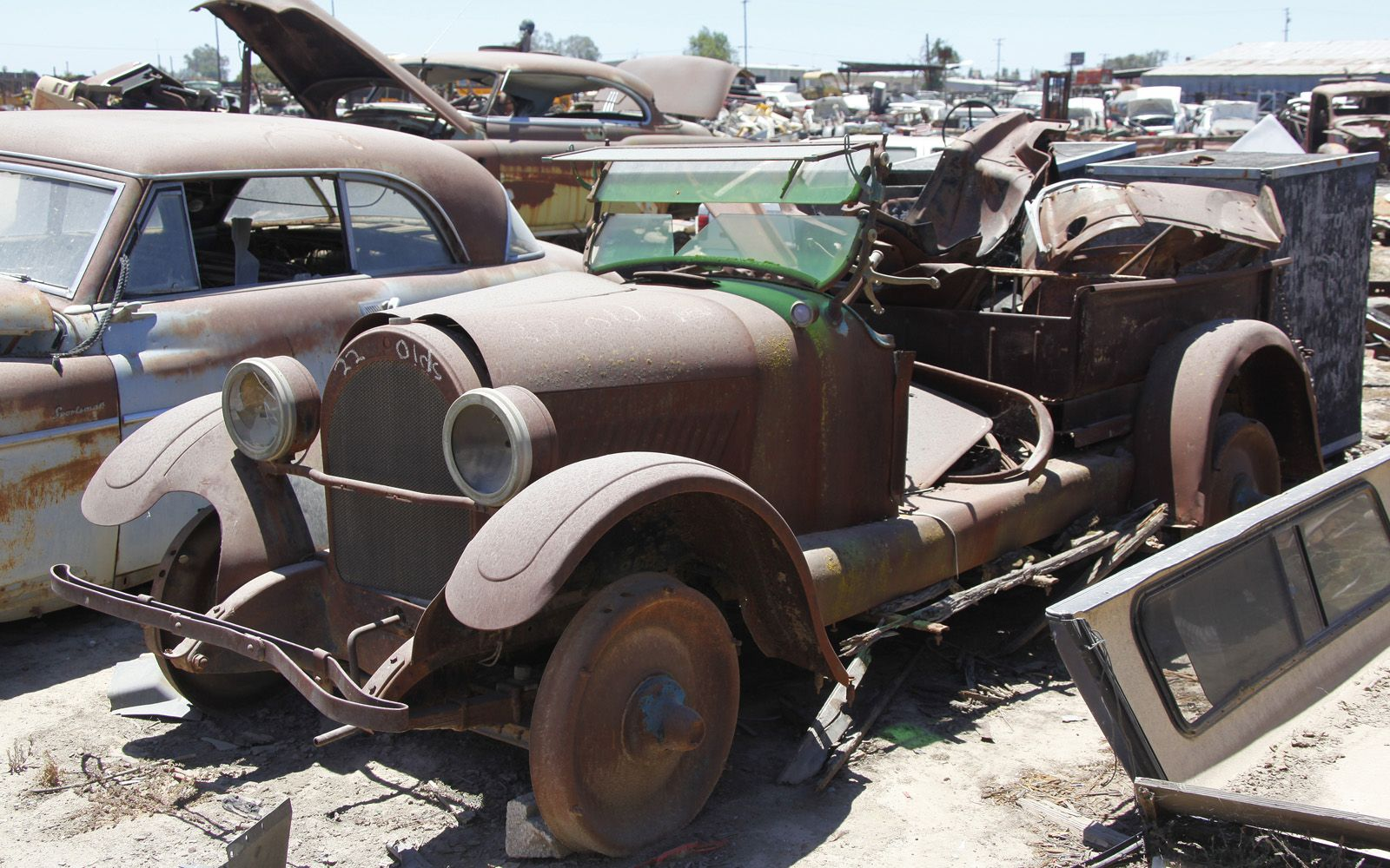 Pin By Dave Roehrle On Junk Yards And Rusty Stuff