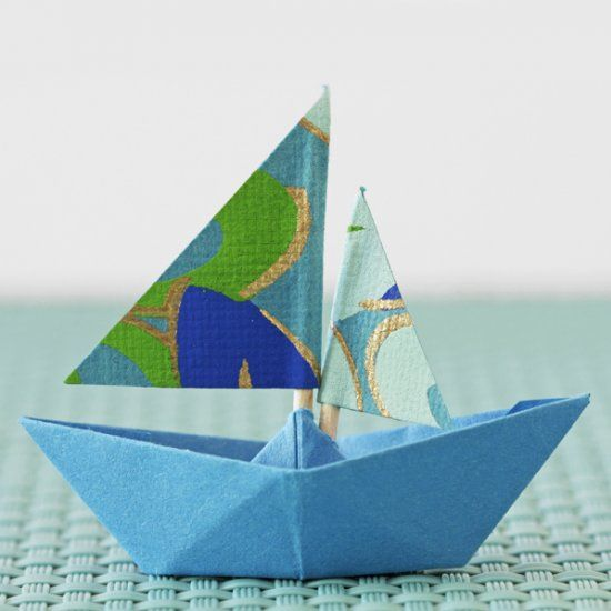 How To Fold Paper Boats In German Paper Pinterest Origami