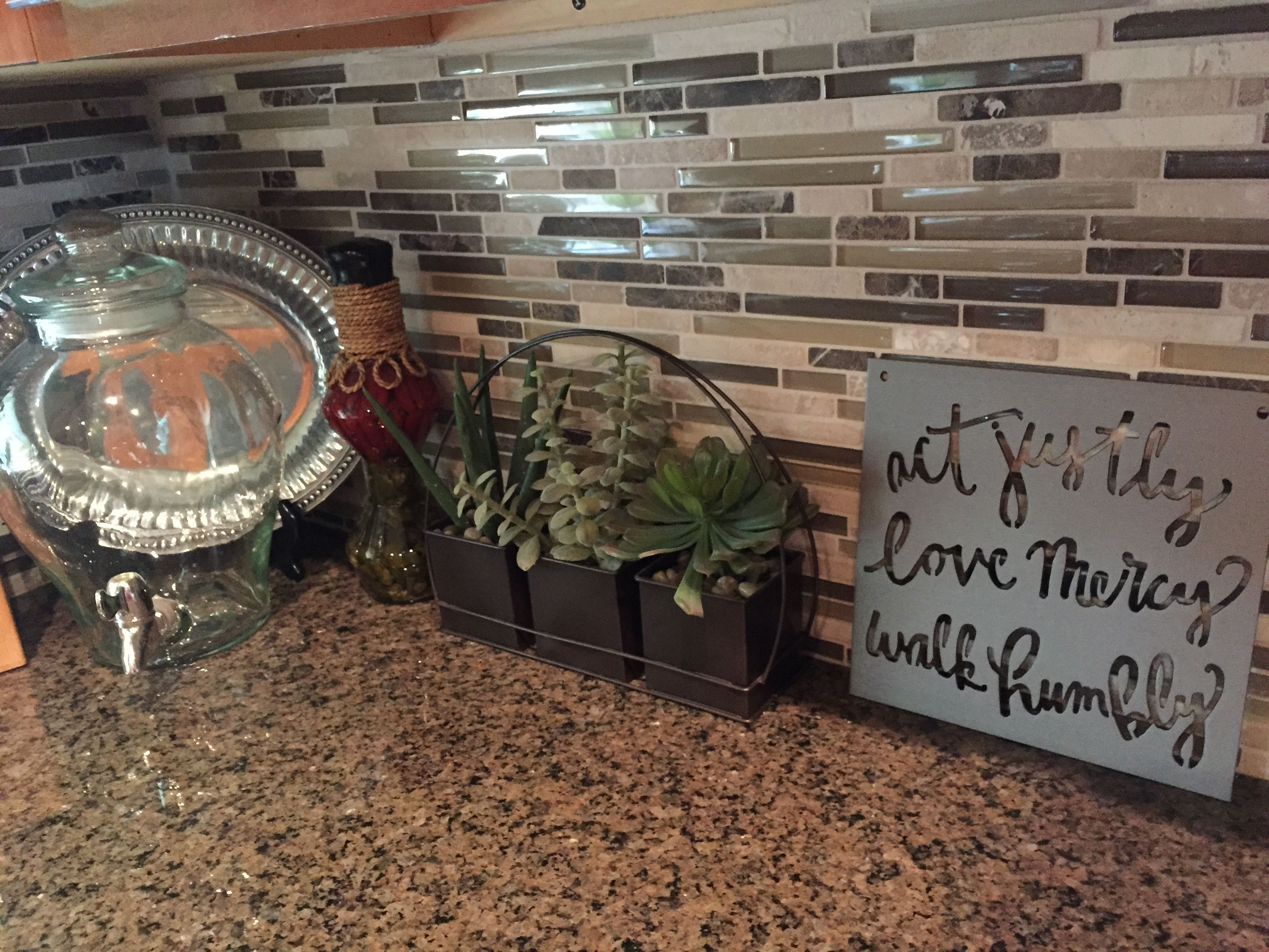 Tropic Brown Granite Backsplash Ideas Part - 29: Tropical Brown Granite With Mosaic Backsplash More
