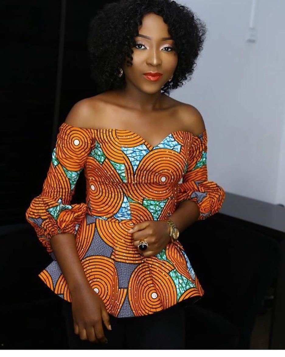There are quite a few ways to make oneself beautiful with an Ankara fabric, Even if you are reasoning on what to create and slay with an Nigerian Yoruba dress styles. Nigerian Yoruba dress styles for weddings come in a lot of patterns and designs.   The African print styles beauty of this print is that it comes in many designs and textures. Ankara will permit you make a match of any cloth without losing the  African Ankara dresses  flair. #nigeriandressstyles