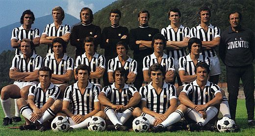 La Juventus Campione d'Italia nel 1974-1975  credits foto: Wikipedia
