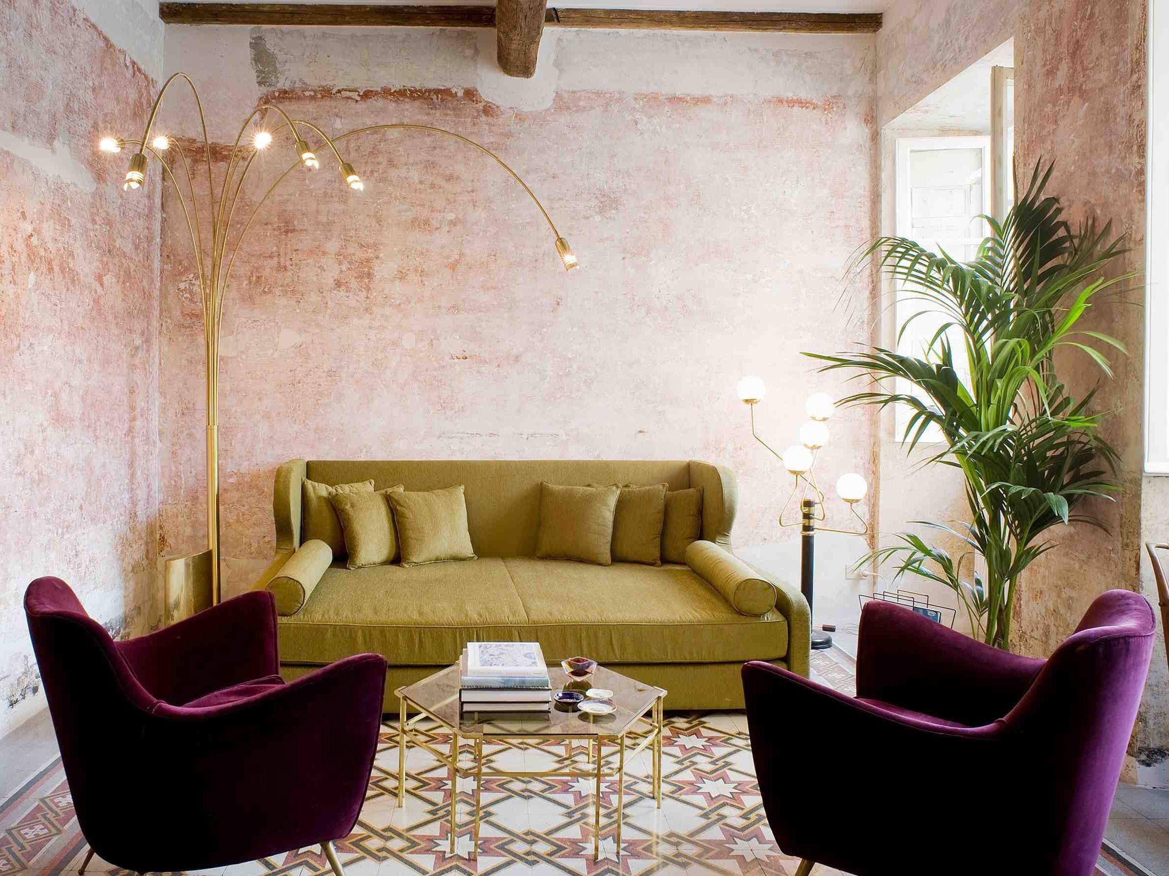 Viola e verde per un #soggiorno di #lusso #luxury #design ...