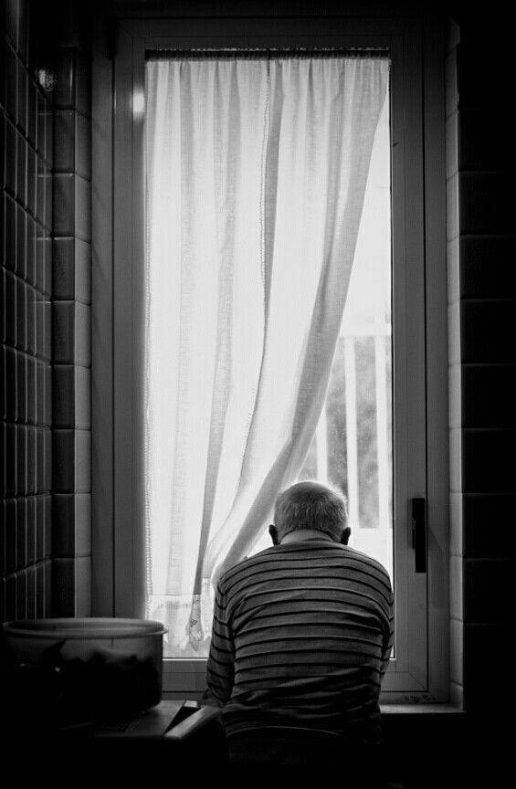 ##lafotodelgiorno in bianconero Osservando