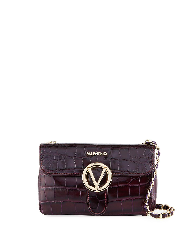 Ready To Wear Report Latest Handbag Arrivals At Neiman Marcus Last Call Via Lastcallnm Lastcall Neimanmarcus Sponsored Fashion Fashionweek Couture