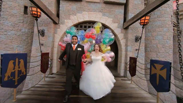Trust Us Chelsea Erick S Disneyland Fairy Tale Wedding Video Is A Must
