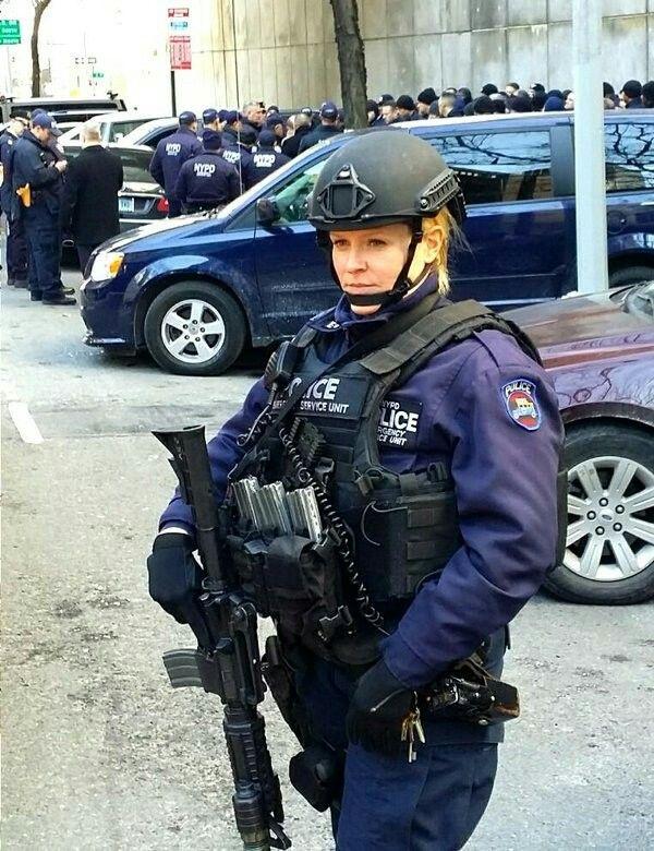 e02ded66 NYPD ESU   NYPD   Police uniforms, Police, Police cars