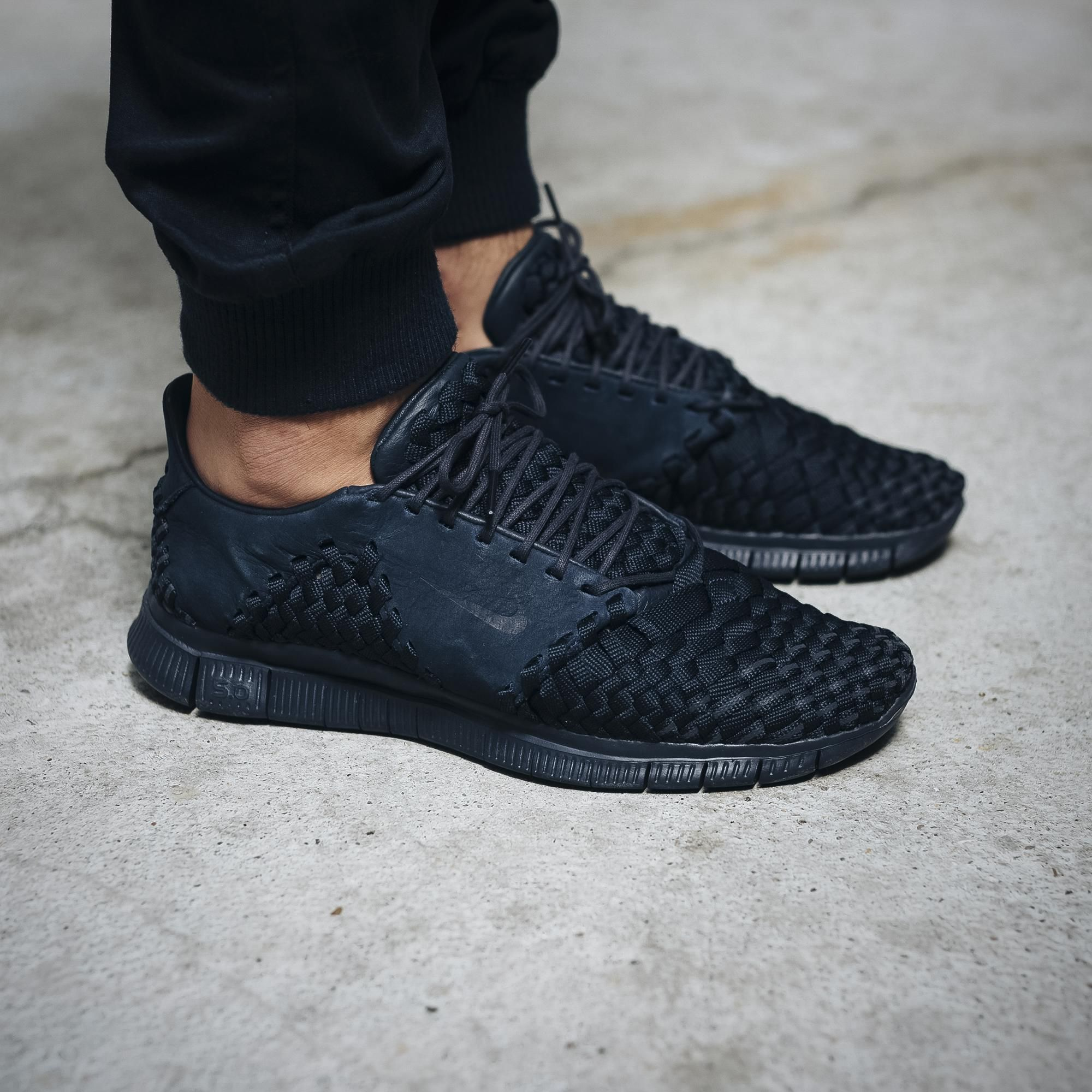 The Nike Free Inneva Woven 2 Obsidian Is Now Available For Purchase