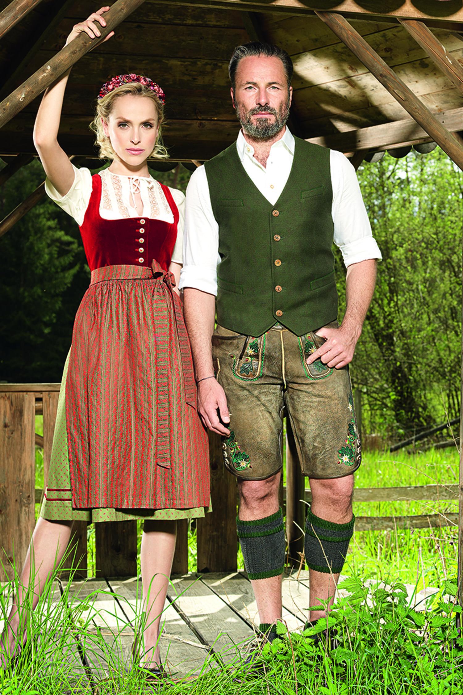 Angermaier Trachten-Paare. #Dirndl, #Lederhosen, Westen ...