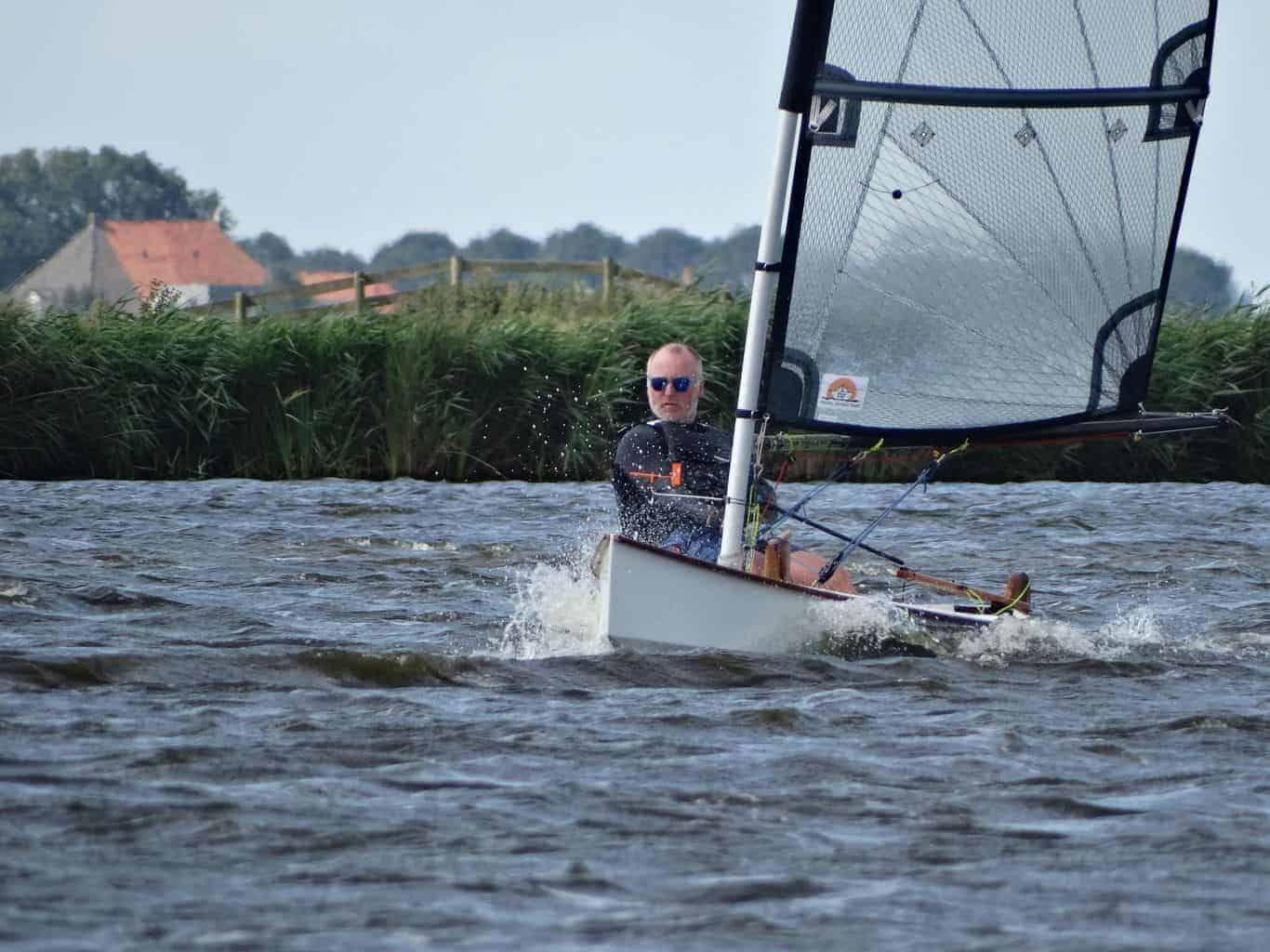 Viola 14 Sailing Canoe Plan Plywood Sailing Dinghy In 2020 Canoe Plans Sailing Dinghy Sailboat Plans