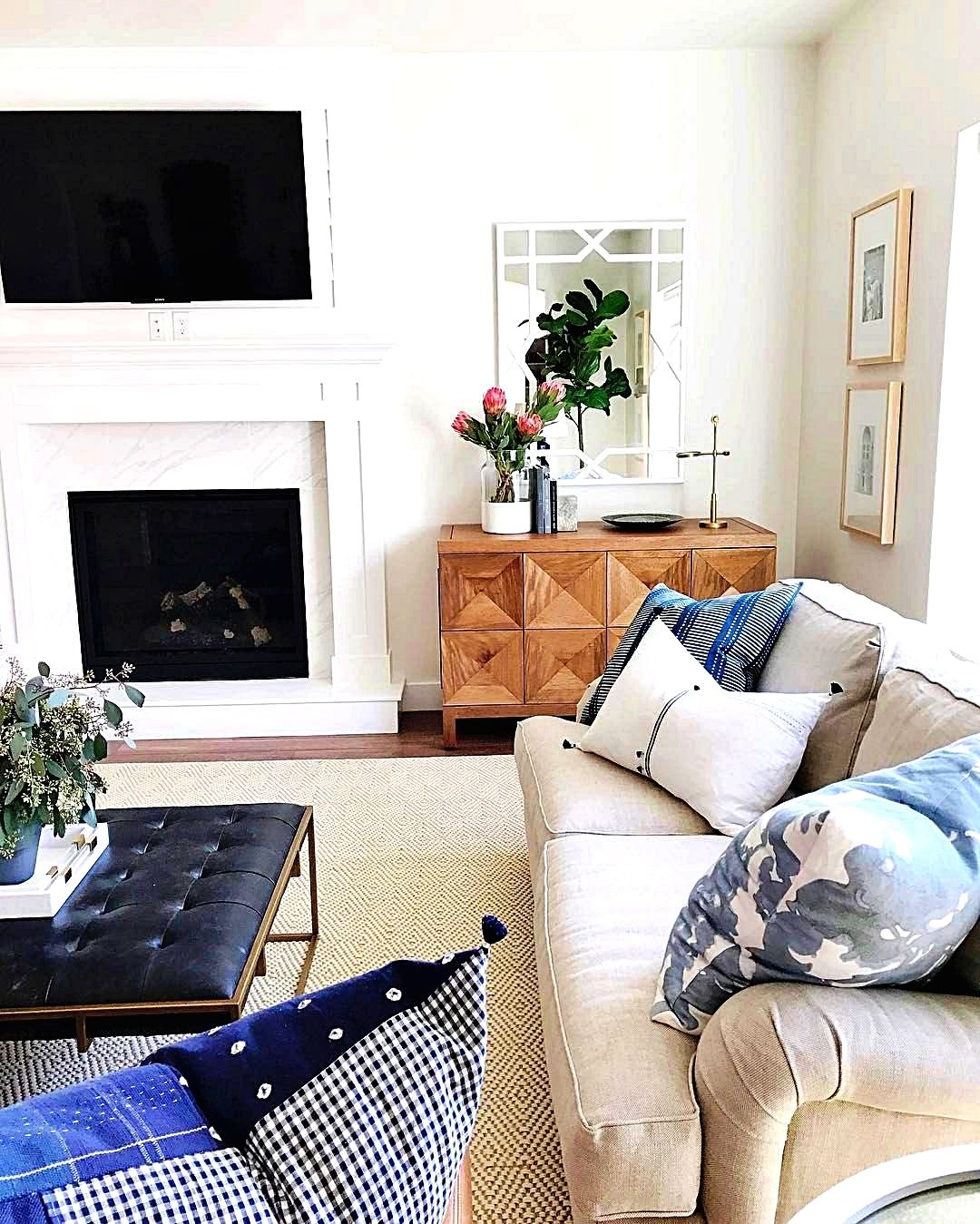 Living Room Design Ideas This Really Is A Fun And Inventive Decorating Idea That Is Good For Peopl Living Room Remodel Living Room With Fireplace Room Design