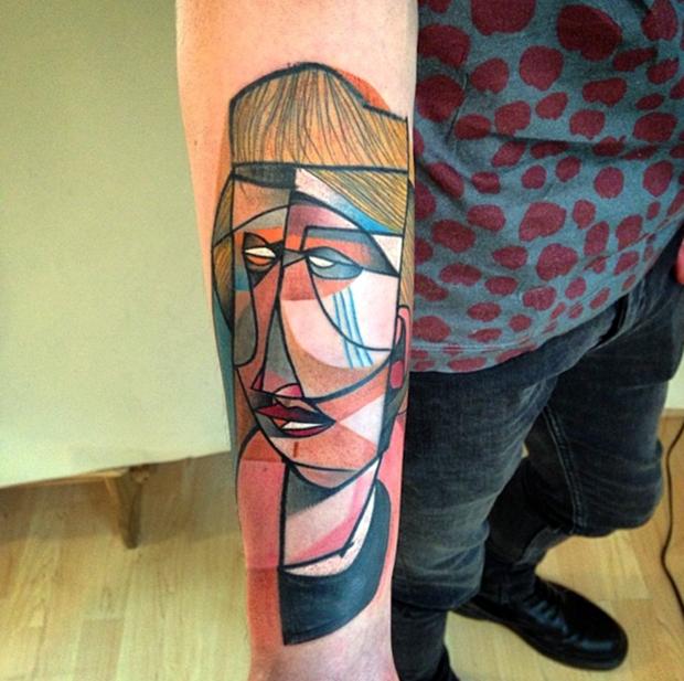 Peter Aurisch, Berlim. Tatuagens Cubistas;