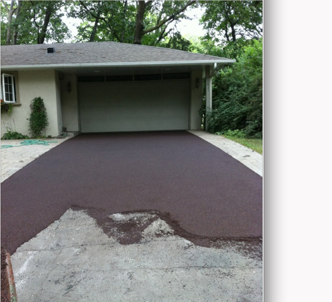 Almost There Doesn T It Look Nice 9 Different Colours To Choose From 5 Year Warranty And Envir Repair Concrete Driveway Driveway Repair Driveway Resurfacing