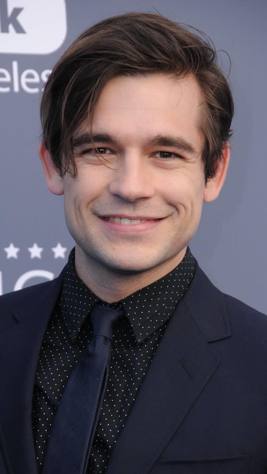 Meet Rachel Brosnahan's Husband Jason Ralph in 2020
