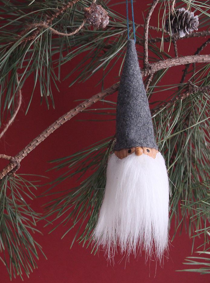 A Simple And Cute Diy Gnome Ornament With Images Diy Christmas