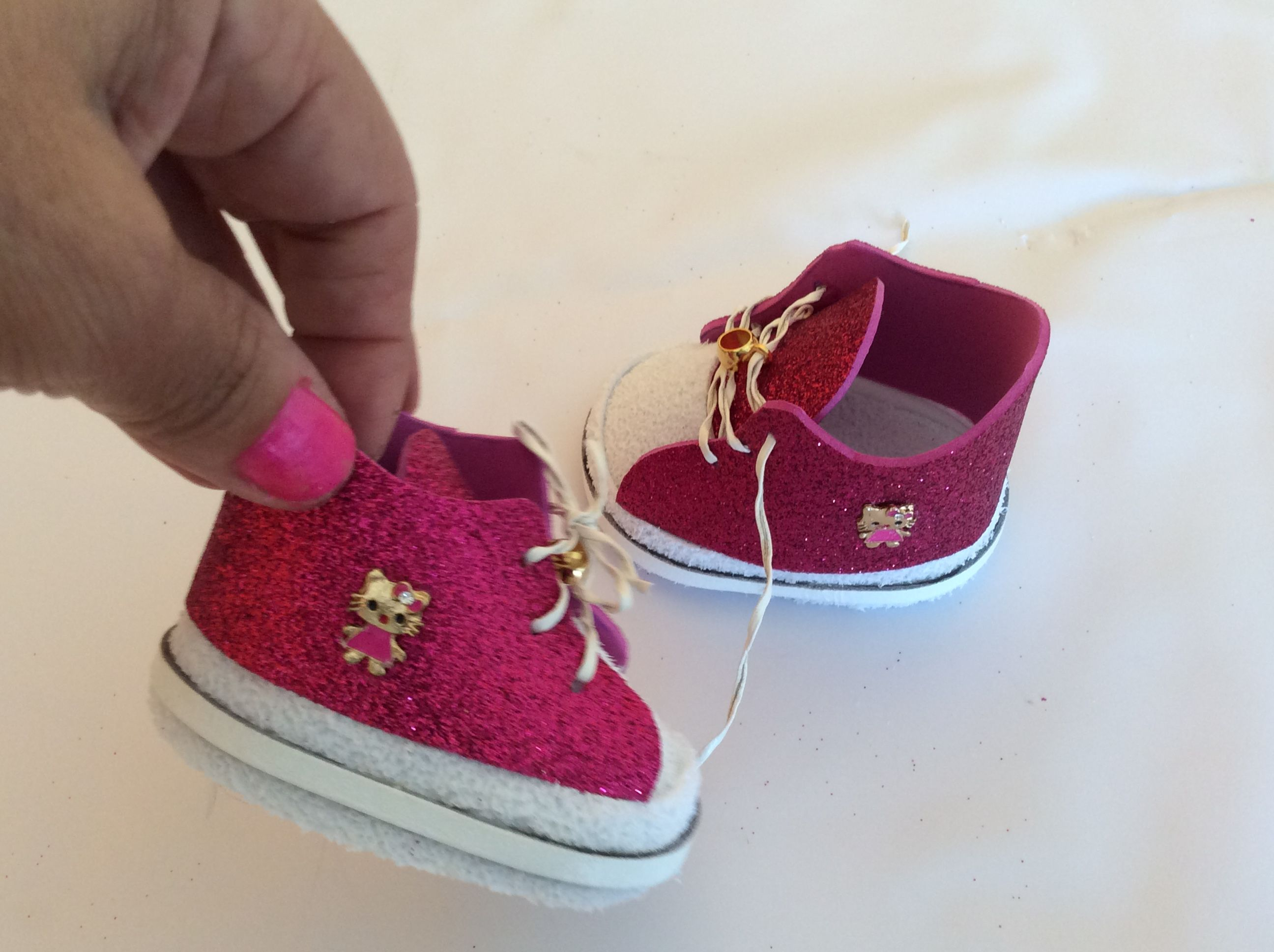 Pin by Risoleta on TŠNIS HELLO KITTY BABY ALIVE Diy