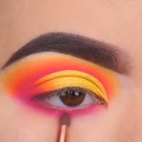 Color Eye Makeup #glittereyemakeup