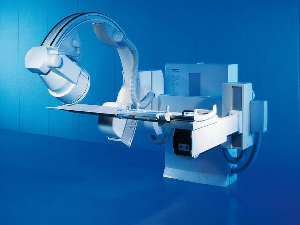 Digital Fluoroscopy & Angiography Machine: Siemens Axiom