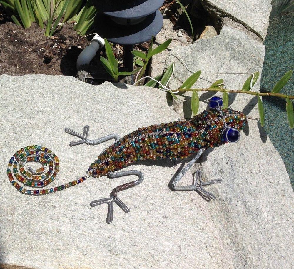 Big beaded lizard gecko wire sculpture wall art table garden dark