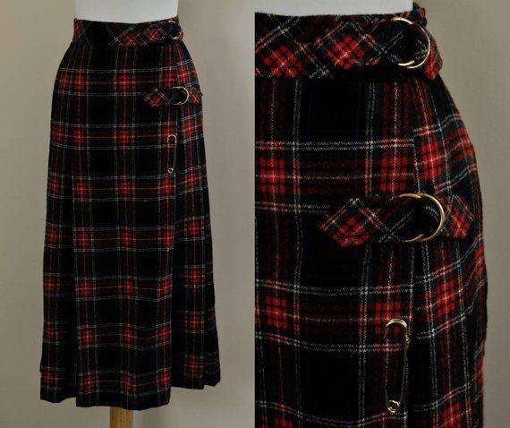 66fb5b452b 70s Plaid Skirt / Vintage Pleated Wool Midi Skirt / 1960s Skirt Kilt  Buckles / Womens Small / High W