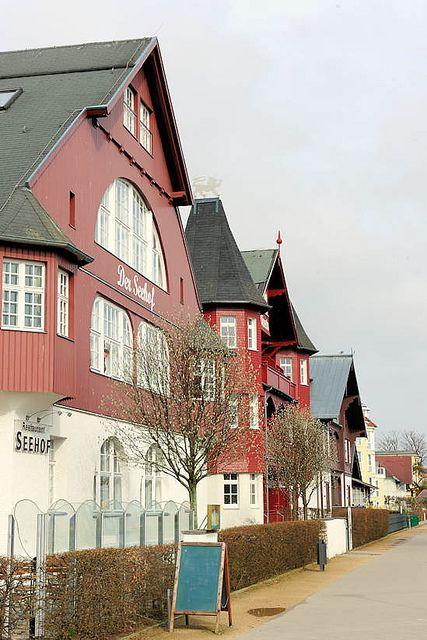 4094 Bäderarchitektur an der Strandpromenade Ostseebad