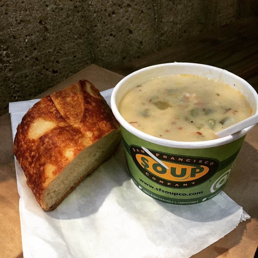 Delicious soup for a nice coday-New England Clam Chowder by reine_catherine