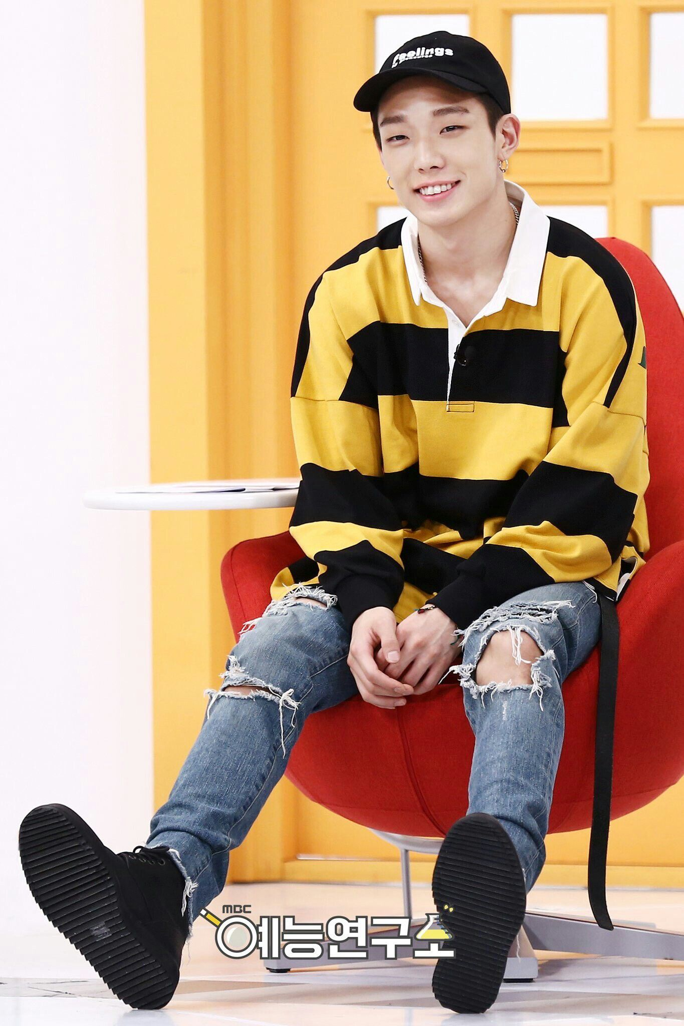 Ikon Bobby For Mbc Insolent Housematesliving Together In An Empty