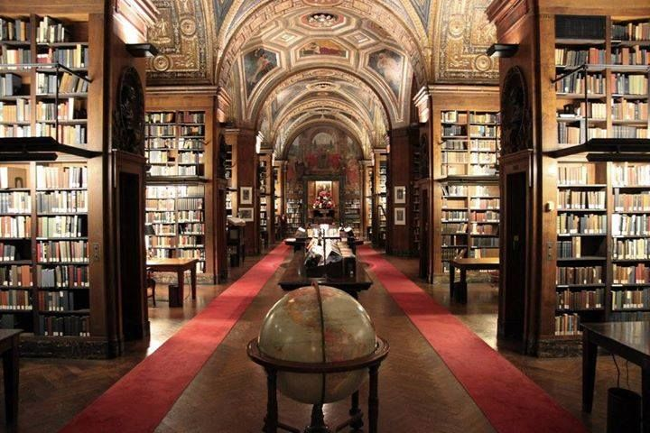 New York, libreria del Club Univeritario