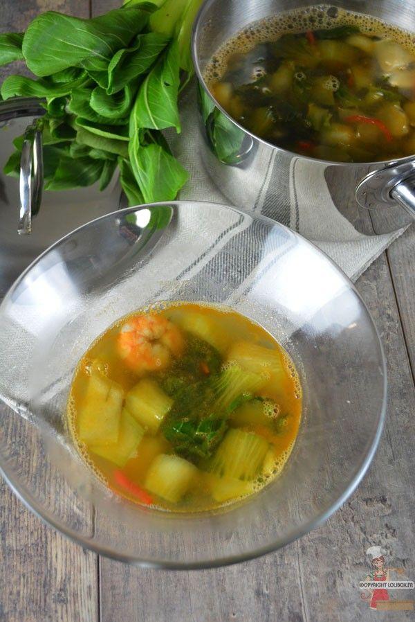 Bouillon de crevettes & chou Pak Choi au piment et à la citronnelle via @lolibox