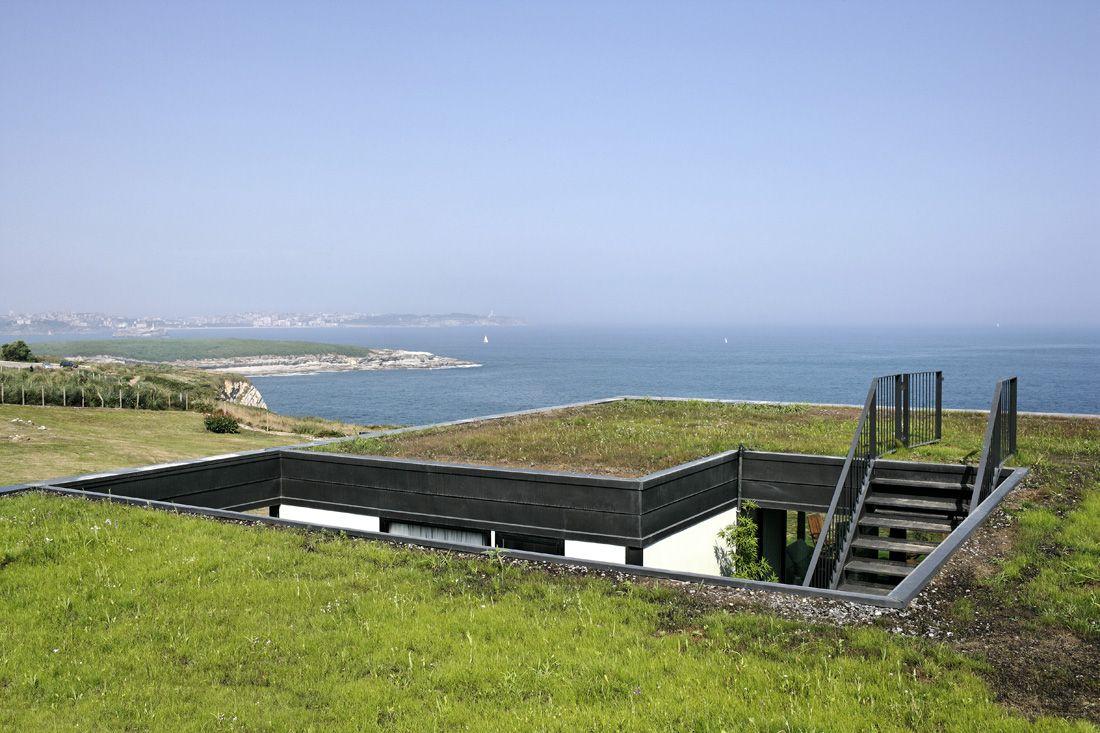 Best Os House Nolaster Casas Subterrâneas Telhado Verde 400 x 300