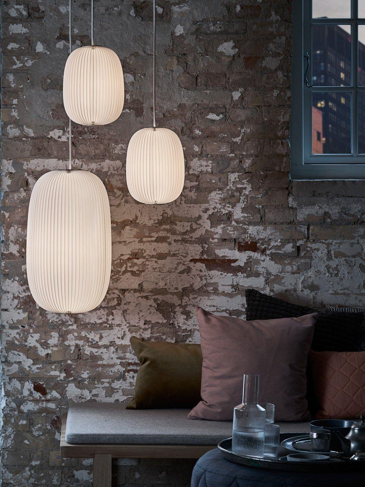 Lamella 2 Handgefaltete Pendelleuchte Von Le Klint In 3 Proportionen Design Leuchte Lampe Lampen Wohnzimmer Haus Design Plane Kleines Wohndesign