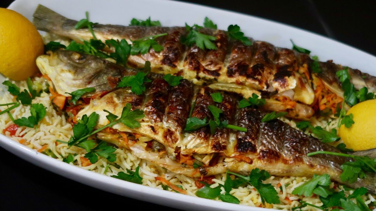سمك مشوى على الفحم Fish Bbq Recipe Recipes Food Eat