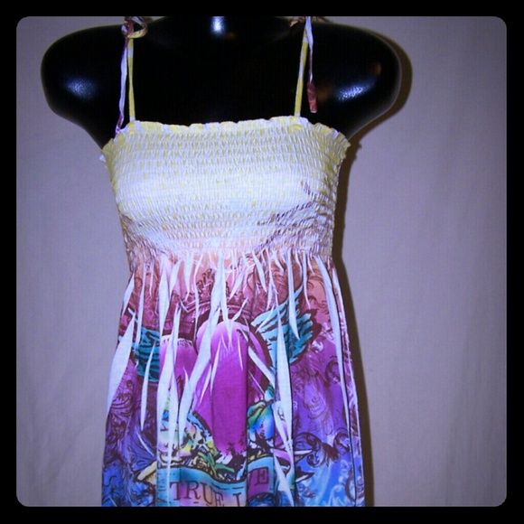 ⬇️ Final Markdown Colorful Smocked Dress Gently used smocked dress adjustable straps that tie. Exist Dresses