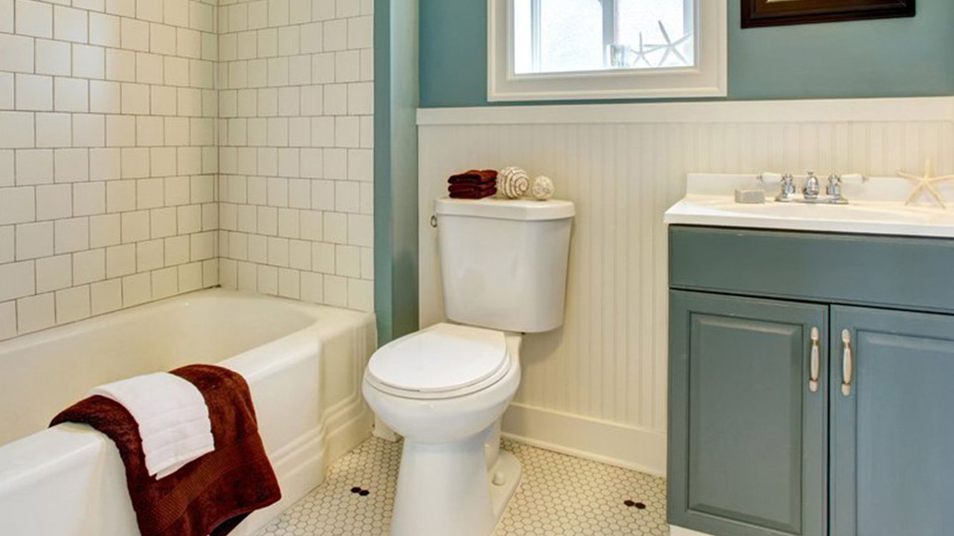 things you should never flush down a toilet Toilet
