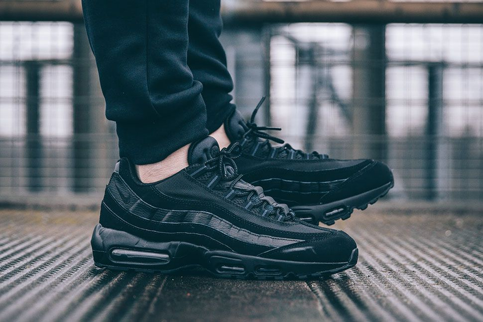 On Foot Nike Air Max 95 All Black Air Max 95 Nike Air Max