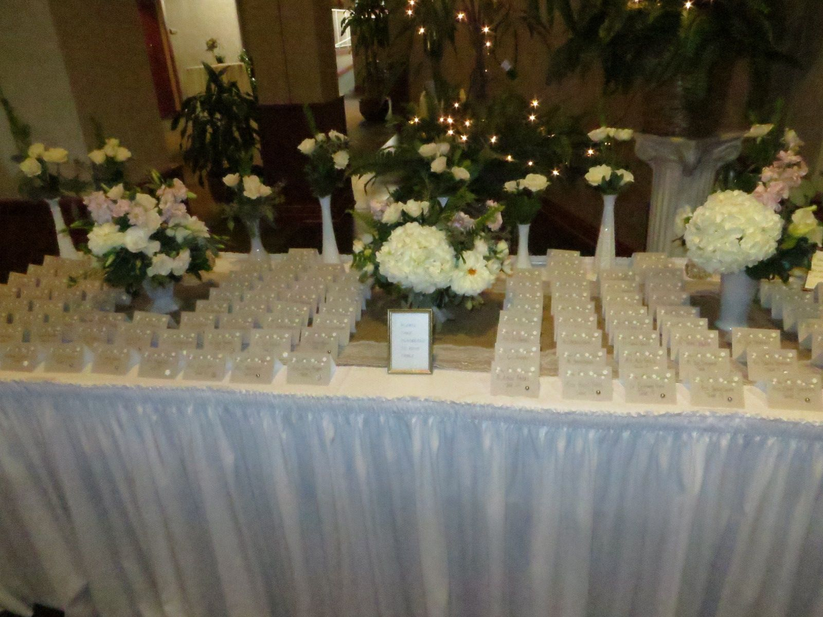 Table Seating Cards At Jordan And Nicks Wedding Reception Lake Shore Country Club In Erie