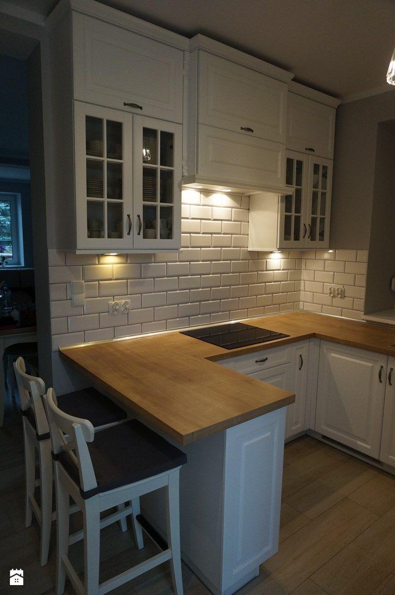Kuchnia urządzona w stylu skandynawskim - zdjęcie od FILMAR meble