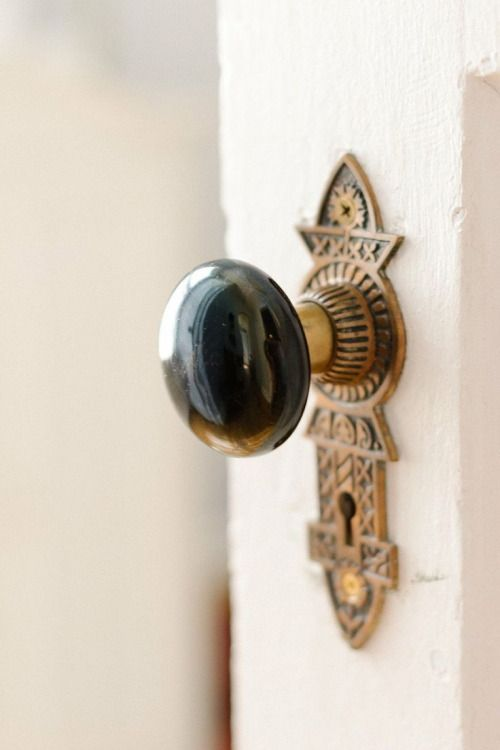 ♛ A wHiMSiCaL RomAnCe ♛ | Door Knob Collection | Pinterest ...